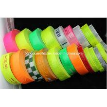 Coser cinta reflectante PVC
