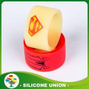 Высокое качество красный паук силиконовые палец обручальное кольцо
