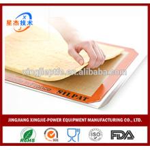78.5cm * 58.5cm Silicone Baking Mat Non-Stick résistant à la chaleur Silicone Mat Set