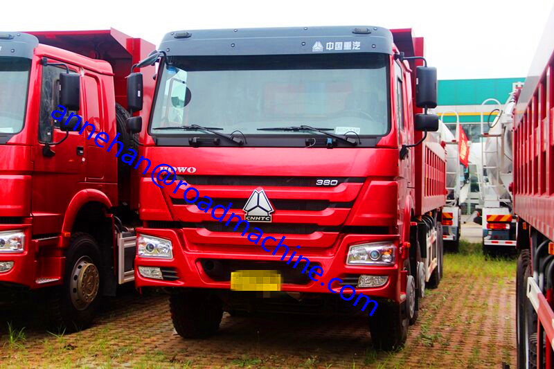 SINOTRUK HOWO 371HP 12 Wheels قلابة شاحنة