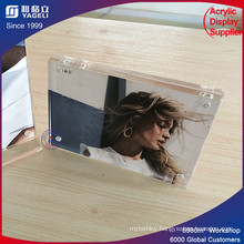 Made in China Wholesale Acrylic Photo Frame