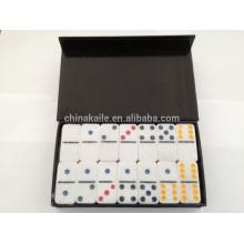Urea dominoes