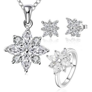 925 Sterling Silber überzogen Schmuck Set mit Zirkon Blume Form Halskette Ohrring und Ringe