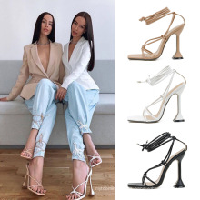 2021 New Women′s Shoes Super Fire Square Toe Strap Wine Glass High Heel Sandals