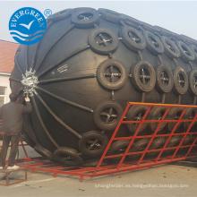 Guardabarros tipo Yokohama marino de 2.5m * 3.5 m con cadena y neumático