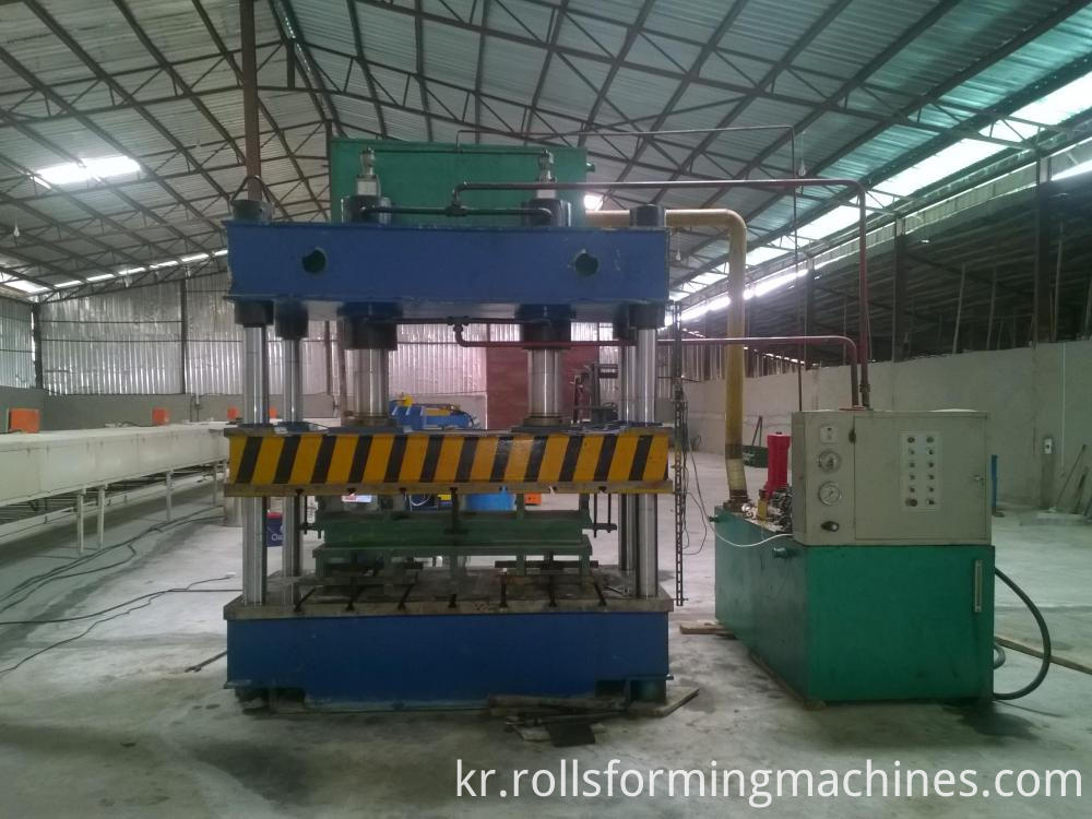 pressure machine for Stone Covered Metal Roofing Machine