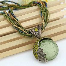 Collier style Bohemia à la main 100% avec des perles de verre / strass Collier bijoux en gros FN77