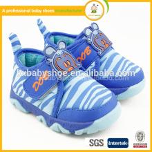 Baby Girl Shoes Ограниченный по времени патч Tpr 2015 Оптовый китайский детский ботинок Новый стиль Дешевый унисекс Младенческая детская мода Модный ребенок