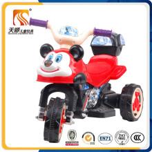 Motocicleta elétrica bonito dos miúdos com cesta e venda por atacado da música