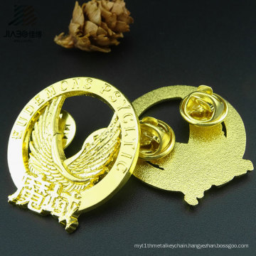 Hot Products Alloy Casting Gold Plated Custom Eagle Lapel Pin Badge in Metal Crafts