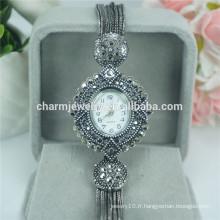 Montre à bracelet en quartz à la mode élégante de luxe à la mode pour femmes B028