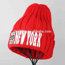 De alta qualidade tricotados cap chapéus de inverno com bordados personalizados tampas fábrica