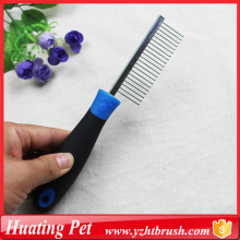 pet comb with plastic handle
