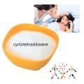 Pele em pó de octametil e ciclotetrasiloxano solúvel em água