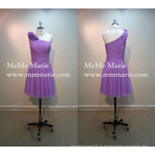One Shoulder Mini Skirt Vestido de dama de honra no joelho Vestido de dama de honra roxo