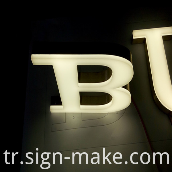 frontlit channel leter signs