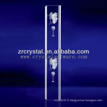 Cristal gravé de raisin de laser de K9 3D avec la forme de pilier