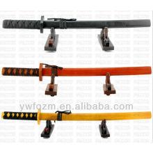 espadas de brinquedo de madeira artesanal japonês