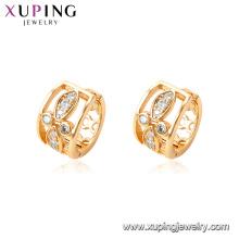95085 Haute qualité prix inférieur Chine fournisseur creux huggies boucles d'oreilles avec blanc imitation diamant pour les femmes