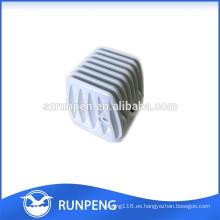 La alta precisión de aluminio a presión el pequeño radiador de la máquina de la fundición