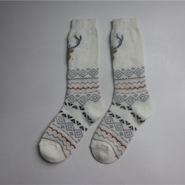 Deer Jacquard Middle Socks