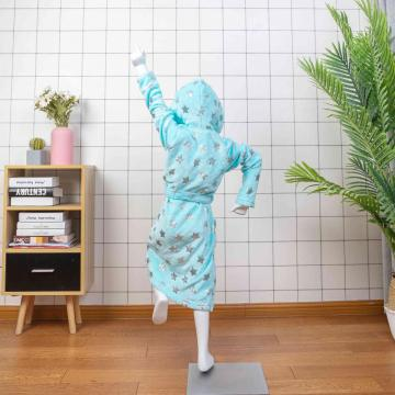 albornoz infantil de felpa con capucha blue shine
