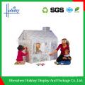Playhouse de papel dobrável Handmade das crianças do cartão ondulado