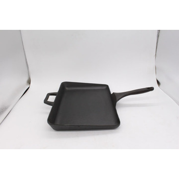Grill Pan With Longer Curved Handle