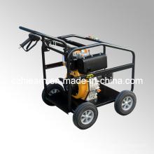 Dieselmotor mit Hochdruckreiniger und Räder (DHPW-2600)