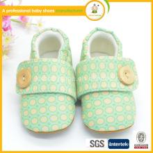 Zapatos de bebé de los cabritos zapatos baratos zapatos de bebé al por mayor de los zapatos de bebé cómodos