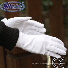 NMSAFETY-Uhr zeigt Verwendung von Baumwoll-Sicherheitshandschuhen