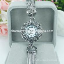 Горячие продажи роскошные моды красивые кварцевые наручные часы для женщин B020
