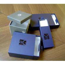 Boîte cadeau de parfum avec logo pour l'emballage