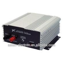 Chargeur de batterie entrée 110VAC 50 / 60Hz à la sortie 12VDC 12A