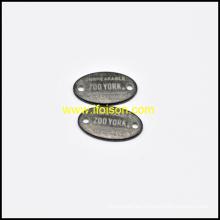 Etiqueta del metal con la insignia modificada para requisitos particulares para la ropa