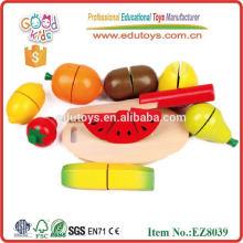 Hölzerne Früchte und Gemüse