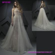 Berufslieferant für Großverkauf trägerlos mit Schleier-wulstigem Muster-Hochzeits-Kleid
