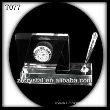 Magnifique horloge en cristal K9 T077