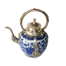 Porcelana Teapot Silver Handle