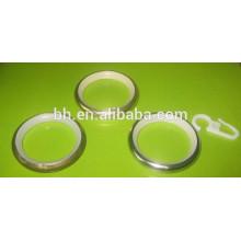 Blendende Art und chinesische Art-Plastikvorhänge Ringe für Dusche Windows