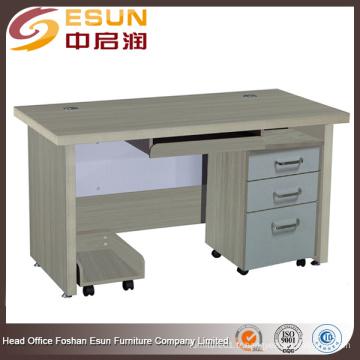 2016 usine de gros modèles de table d'ordinateur en bois avec un bon prix
