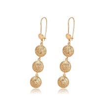 96820 Boucles d'oreilles pendantes en forme de boule en forme de balle en or 18 carats