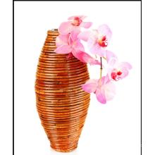 Бамбуковые вазы для украшения гостиной