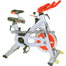 Popular equipo de bicicleta / cardio de spinning cómodo