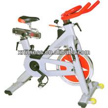 Équipement de vélo / cardio-cardio confortable confortable