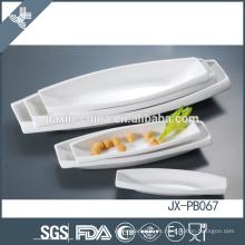 Patina blanca de la cena de la porcelana de la forma del barco, placa de la pizza,