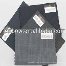 Super150 sastre hecho a medida del traje de los hombres en stock