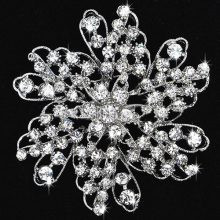 New Arrivals BRIDESMAID FLOWER GIRL WEDDING Alloy Metal Rhinestone Brooches factory wholesale price