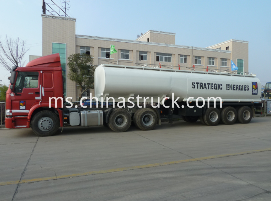 3 axle 30Ton fuel tanker semi-trailer
