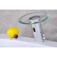 Gehärtetes Glas Automatischer Wasserhahn mit Knopf